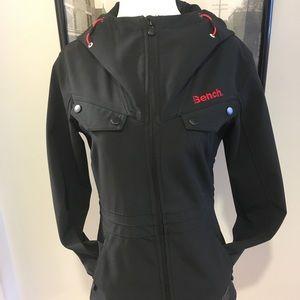 Bench waterproof jacket